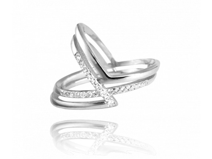 Asymetrický stříbrný prsten MINET s bílými zirkony vel. 58