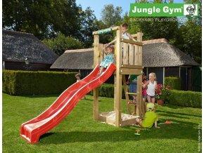 Jungle Tower s červenou šmýkačkou