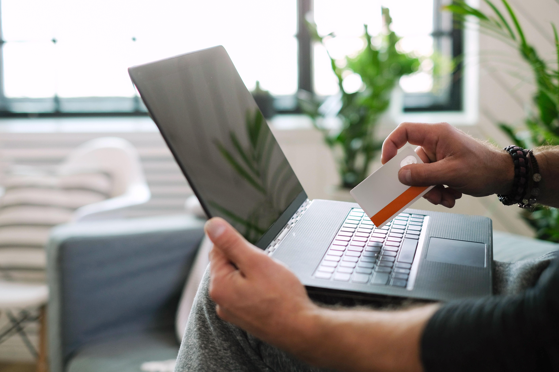 Ako nakupovať nábytok cez internet?