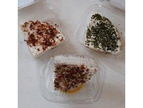 VLČÍ Jámy - Čerstvý sýr v krabičce ( s kořením ) cca 170g
