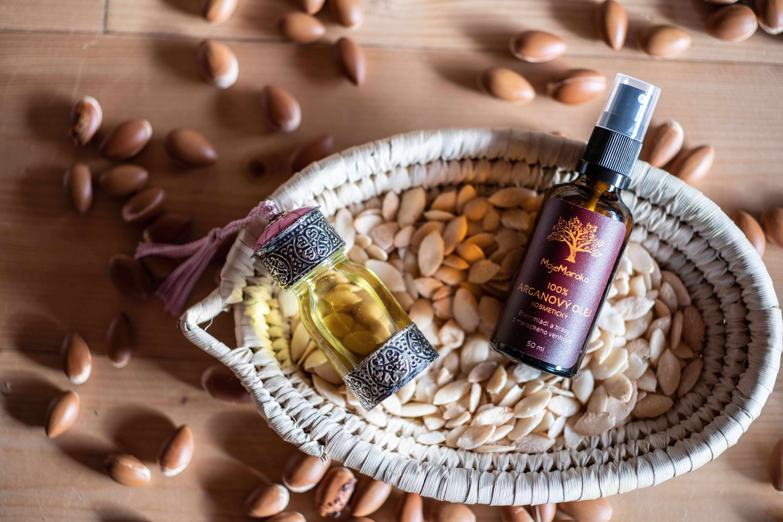 VYUŽITÍ ARGANOVÉHO OLEJE 2. DÍL: 5 důvodů, proč používat kosmetický arganový olej na pleť