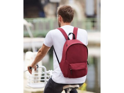 ruksak s menom - červený
