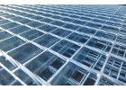 Podlahový oceľový rošt SP/34x38/30x3/150x1000, Zn