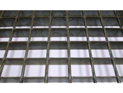 Podlahový oceľový rošt SP/34x38/30x3/1000x1000, bez povrchovej úpravy