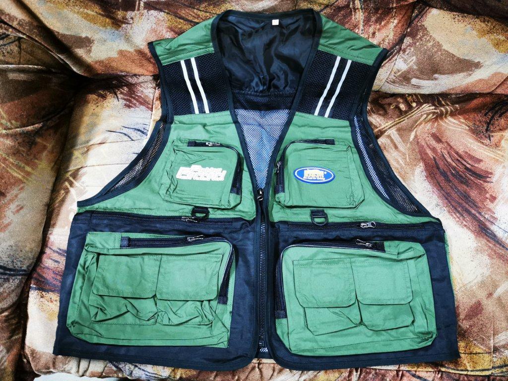 Přívlačová vesta zelená Fishing Ferrari