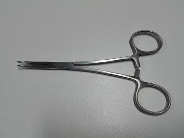 Pean zahnutý 12,5 cm Novinka