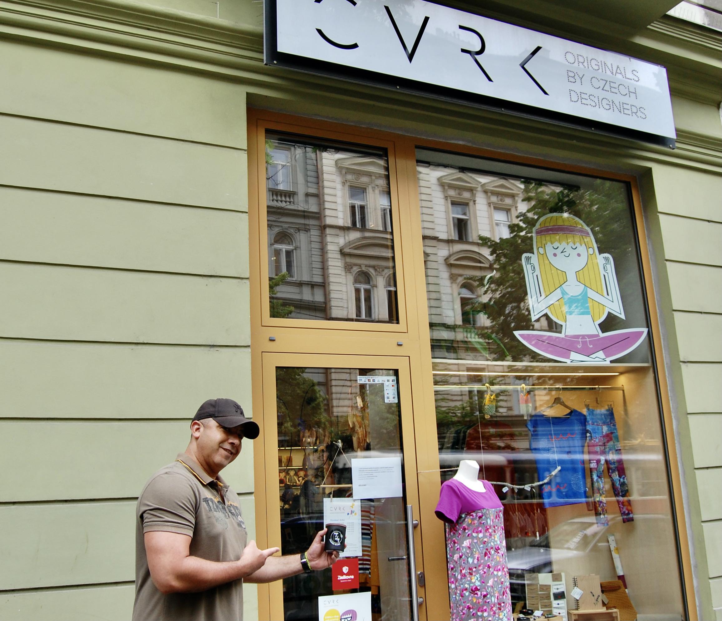 CVRK - naše přírodní svíčky ode dneška koupíte také v showroomu a e-shopu CVRK na Vinohradech !!