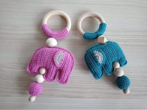 Chrastící slon