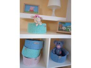 Háčkovaný košík na drobnosti, různé barvy