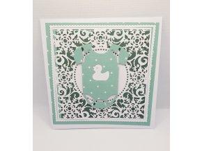 Ručně vyráběné přání k narození miminka zelené hvězdy