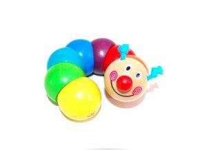 První hračka - Housenka na gumě