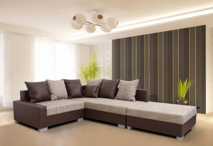 Útulná obývačka s tmavými stenami – aký nábytok zvoliť?
