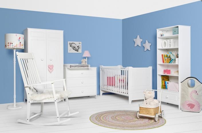 Nábytok do detskej izby: Viete ako zariadiť izbu bábätku, školákovi alebo študentovi?