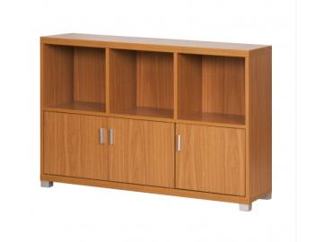 Široká skrinka OSCAR vyrobená v elegantnom farebnom prevedení a klasickom dizajne