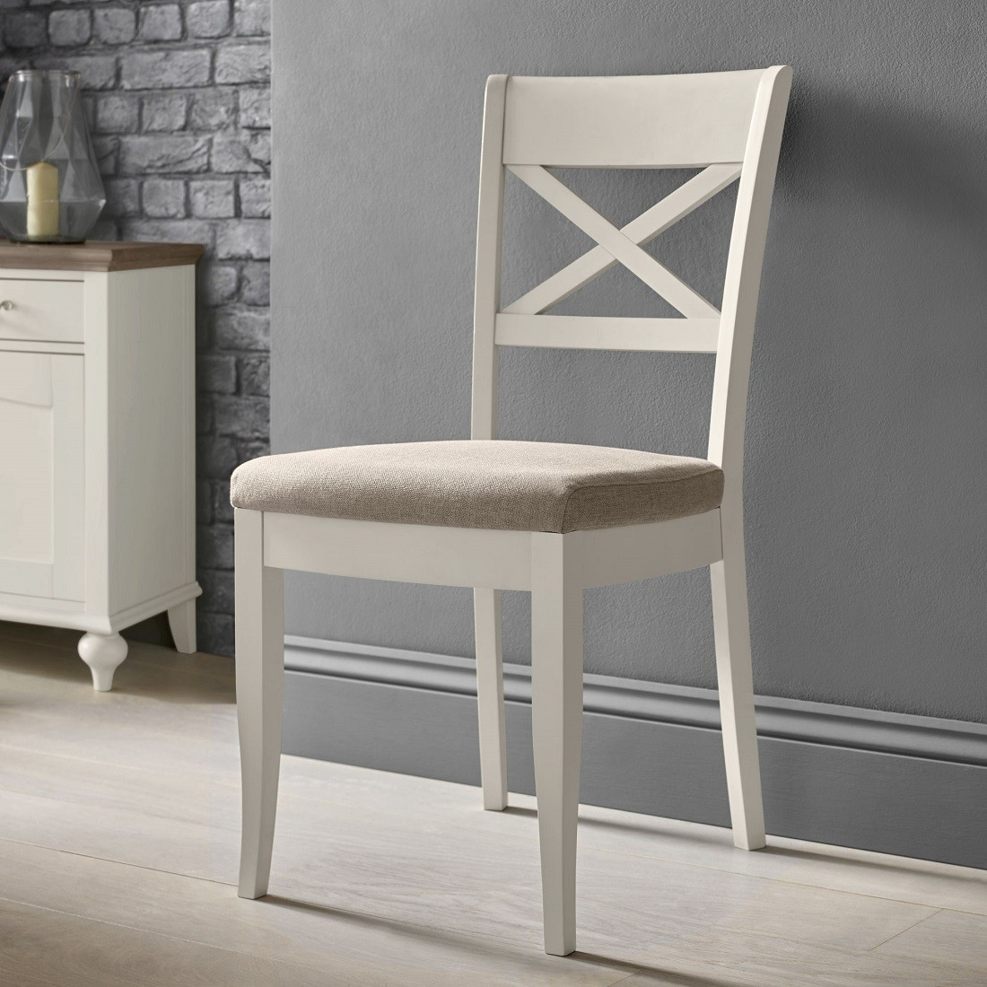 Livin Hill Jedálenská stolička Montreux soft grey MOS6F70