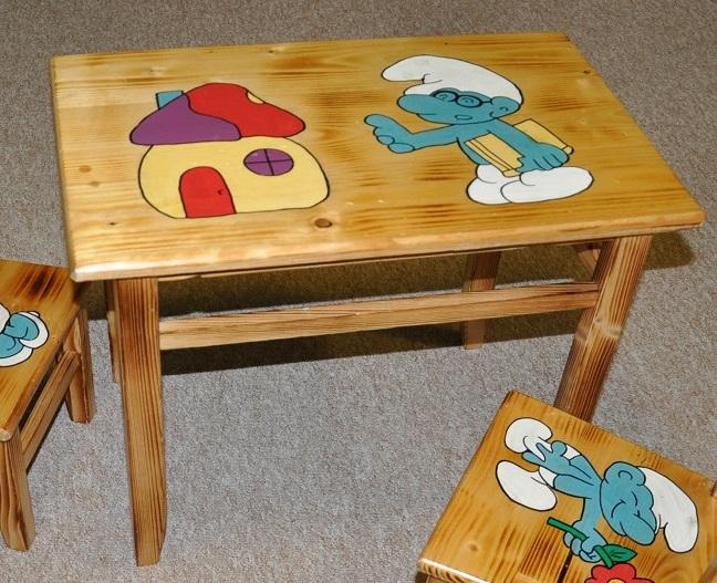 Drewmax Detský stolík AD232 Prevedenie: Detský stolík šmolkovia