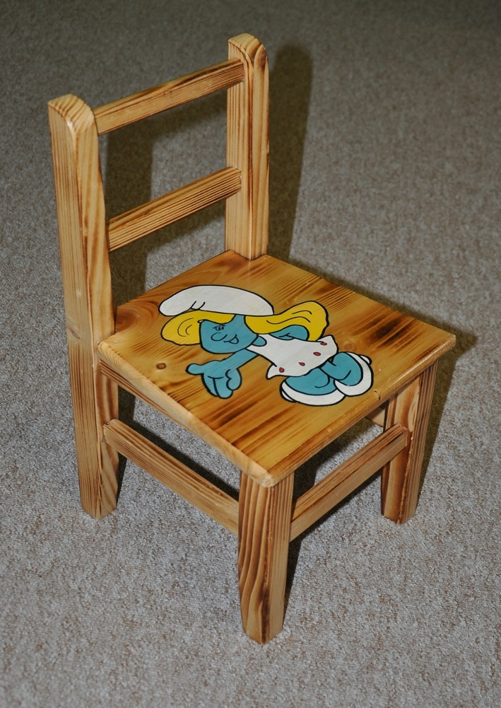 Drewmax Detská stolička AD230 Prevedenie: Detská stolička šmolkovia