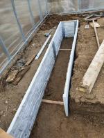 Realizácia skleník Triumf, betónové záhony, 3x4 m