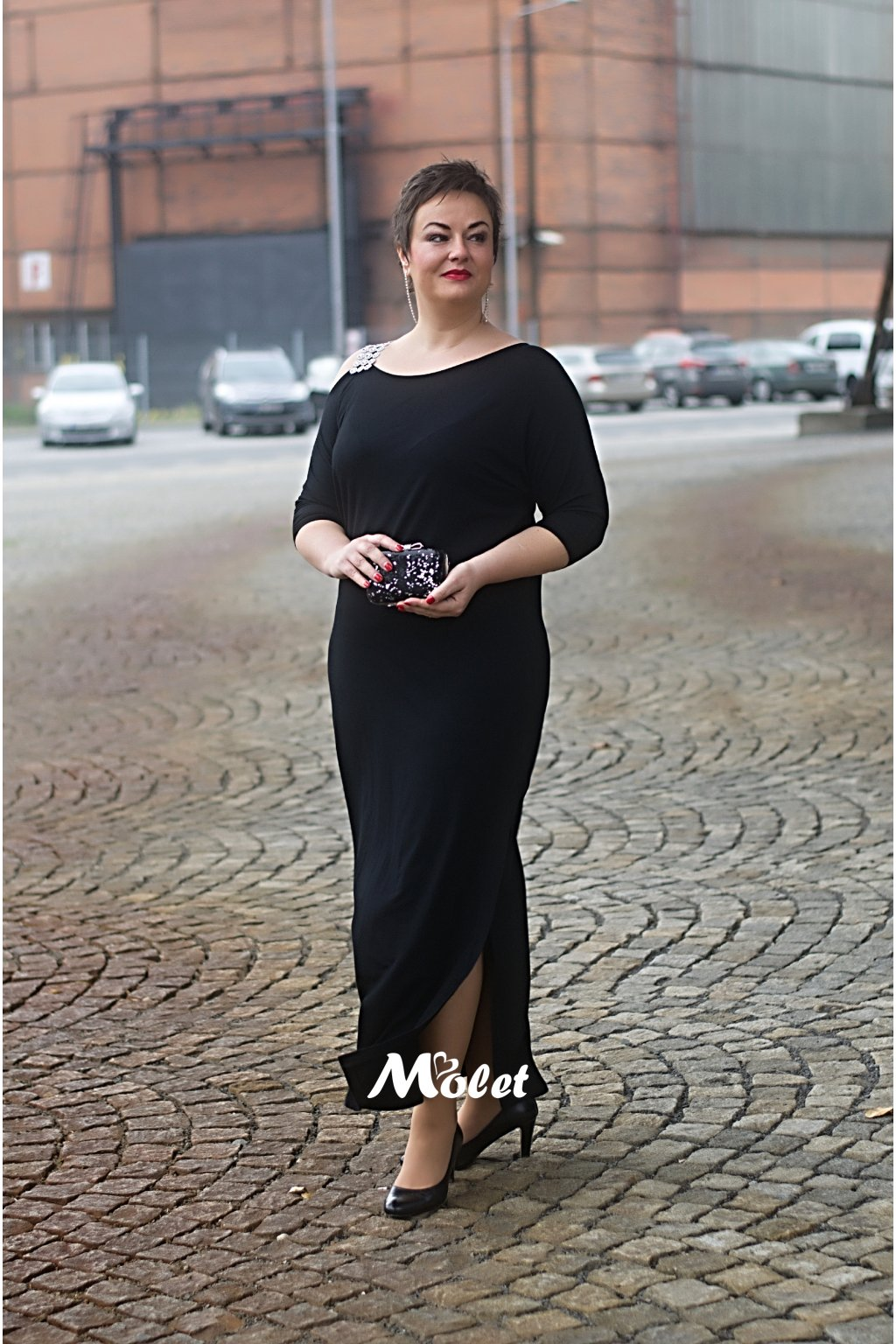 RYAN dlouhé černé šaty se stříbrným ramínkem
