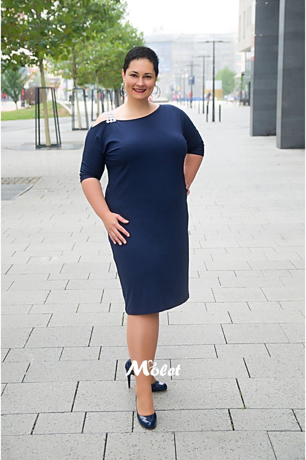 RYAN tm.modré šaty se stříbrným ramínkem