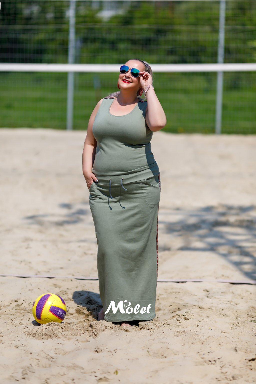 Dana dlouhé sportovní šaty bez rukávu