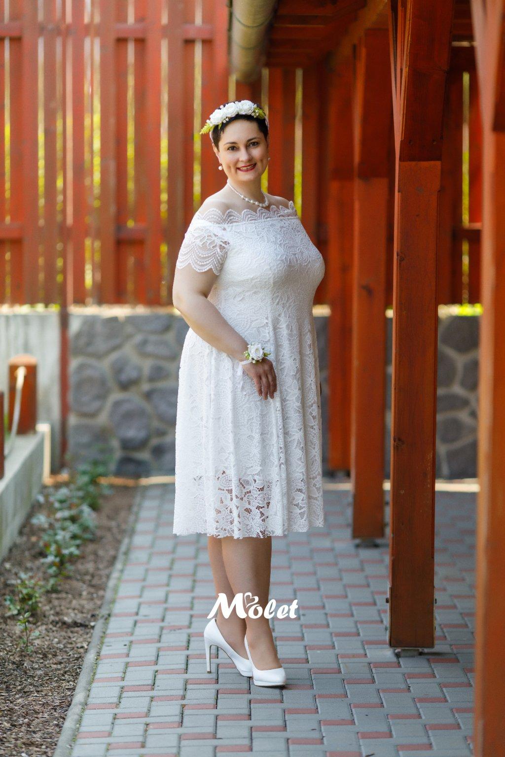 Avant smetanové krajkové šaty