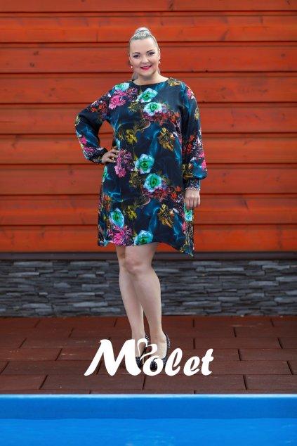 Gallery volné barevné šaty
