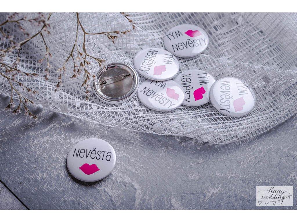 18 placky na rozlučku tým nevěsty nevěsta (14)
