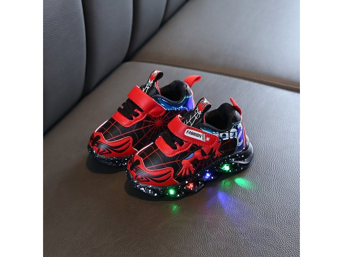 0 2020 Boys Glowing Light Sneakers Spring and Autumn Fashion Children Sport Shoes Luminous Baby Cartoon Causal