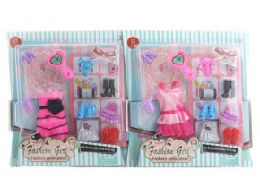Šaty pro Barbie s doplňky