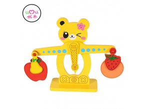 Montessori Materials Educational Cute Cartoon Scales Montessori Math Matiques Preschool Learning Wooden Balance Toys UC2764H Scale
