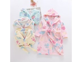 Children Flannel Bathrobes Nightwear 2018 Fashion Children Pajamas Hooded Bathrobe Soft Bath Robe Cute Girls Robe 1