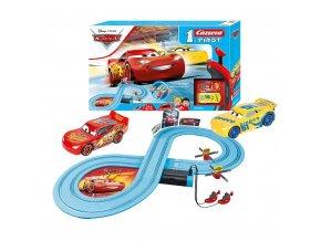 Autodráha Carrera FIRST Cars - Race of Friends 2,4m