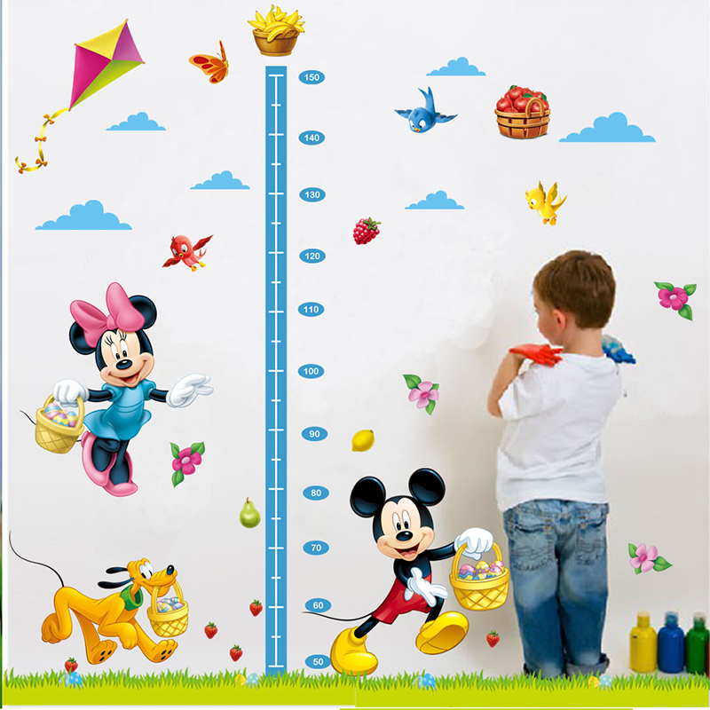 Samolepící Mickey metr na zeď