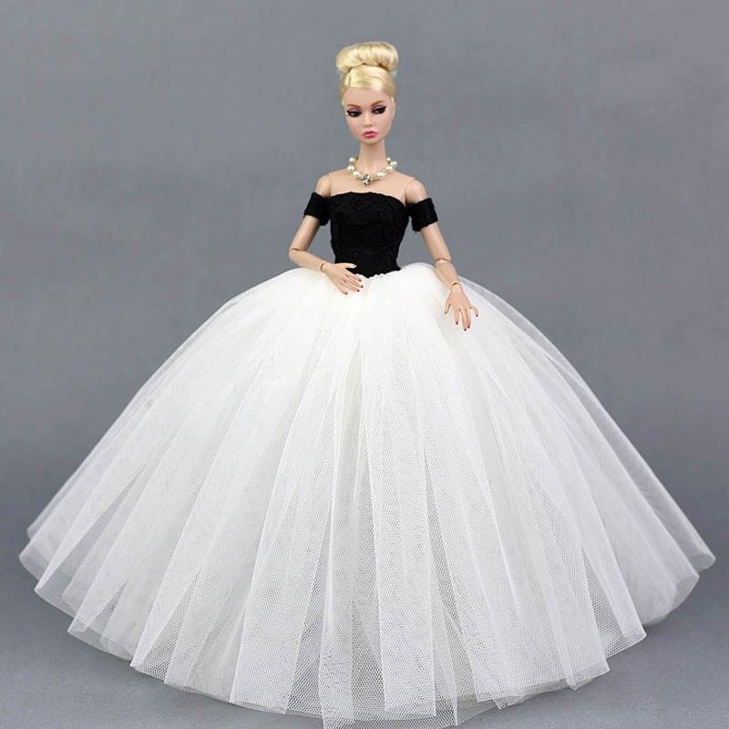 Dlouhé noblesní svatební/večerní šaty Motiv: černo-bílé šaty s rukávníky