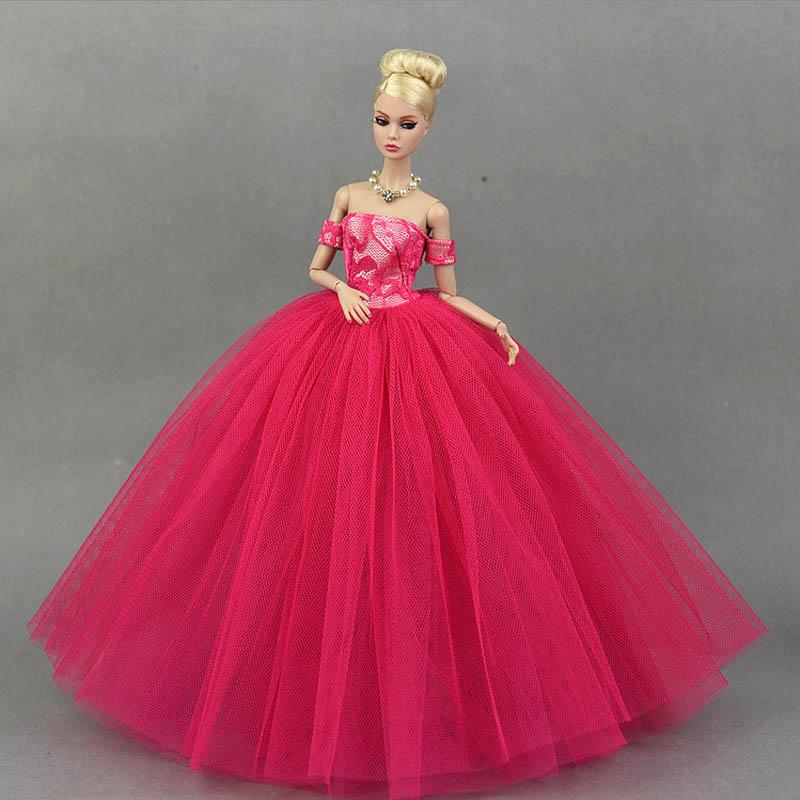 Dlouhé noblesní svatební/večerní šaty Motiv: červené šaty s rukávníky