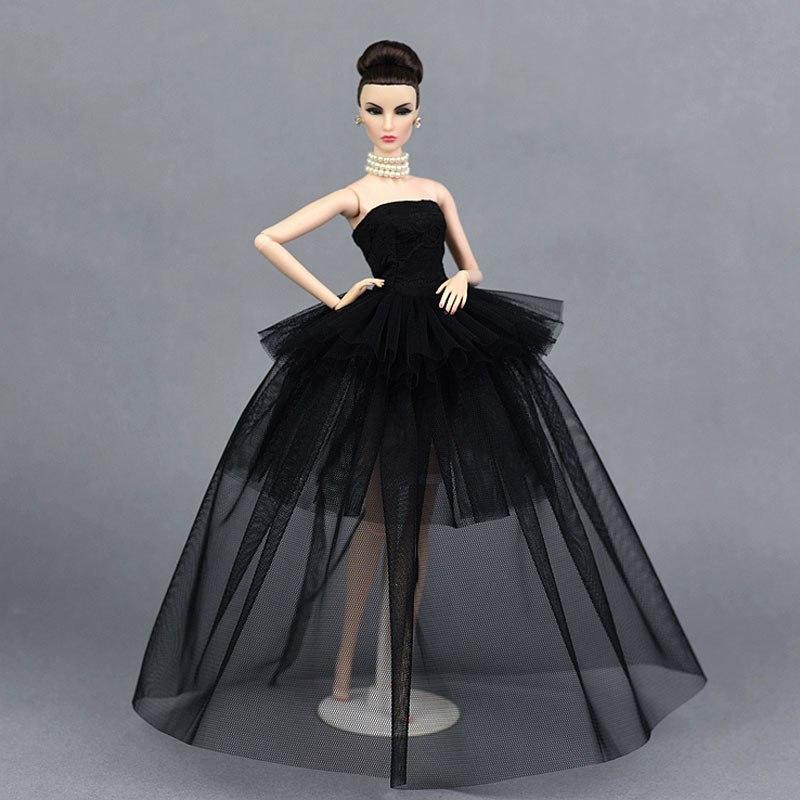Dlouhé noblesní svatební/večerní šaty Motiv: černé krajkové 2