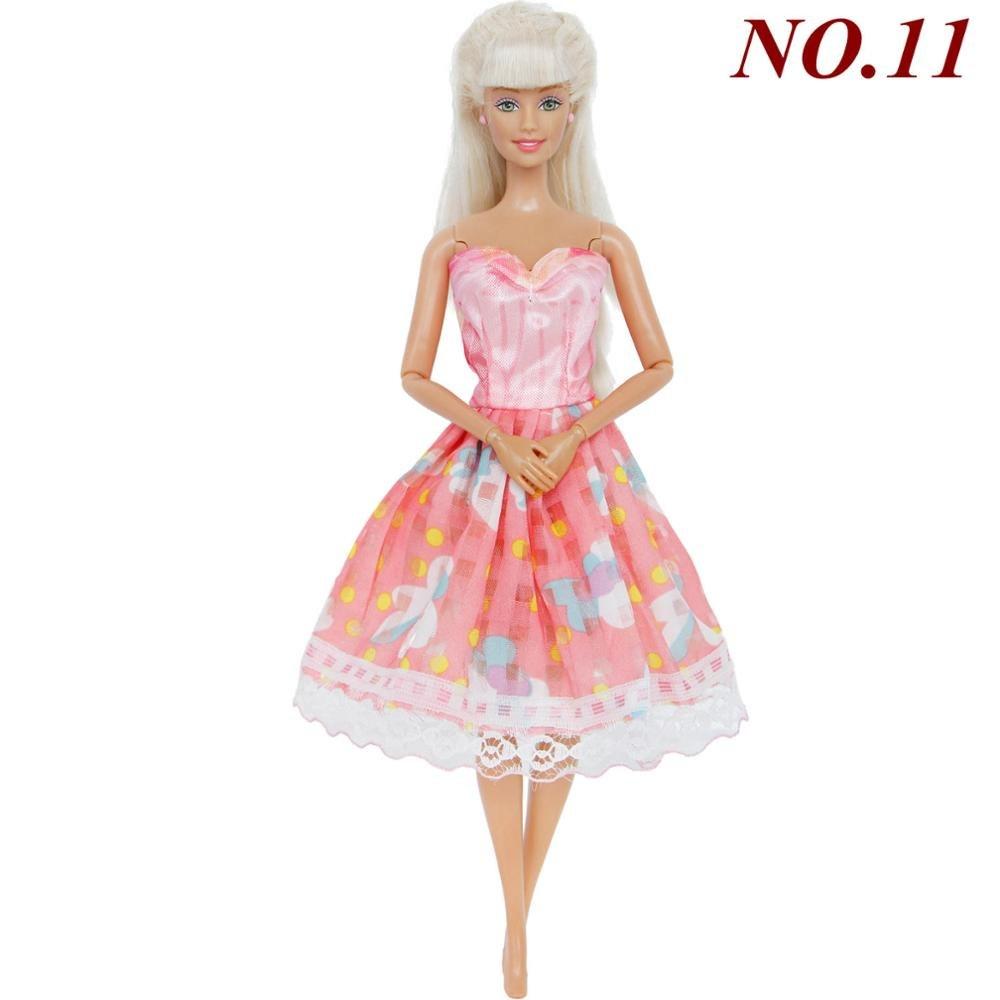 6259c243763d Ručně šité šaty pro Barbie Motiv  růžové se žlutými kostičkami