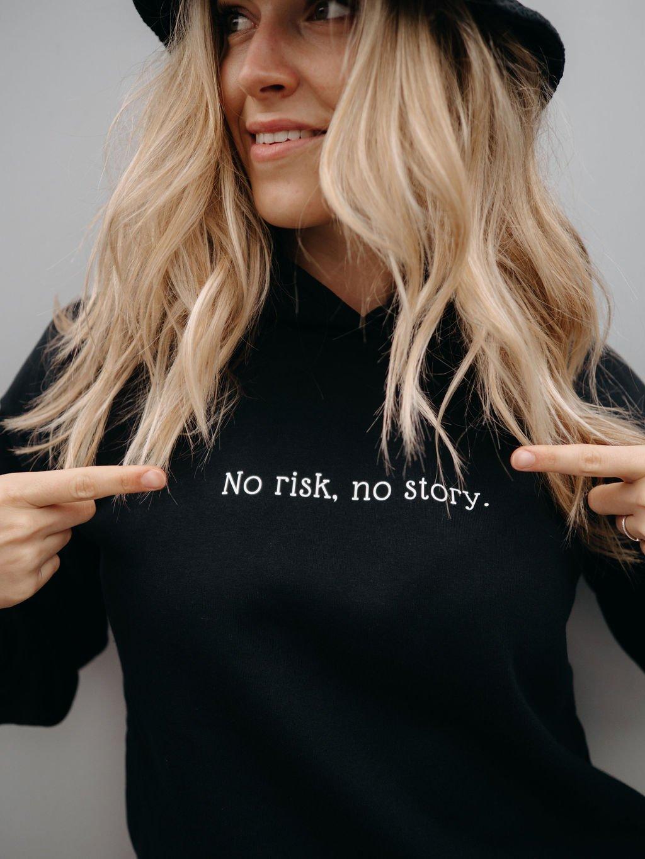 """Dámská mikina """"NO RISK, NO STORY"""" černá"""