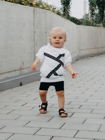 Dětské šaty s lodičkovým výstřihem LOGO
