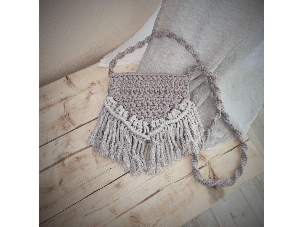 Crossbody kabelka v boho stylu perlová