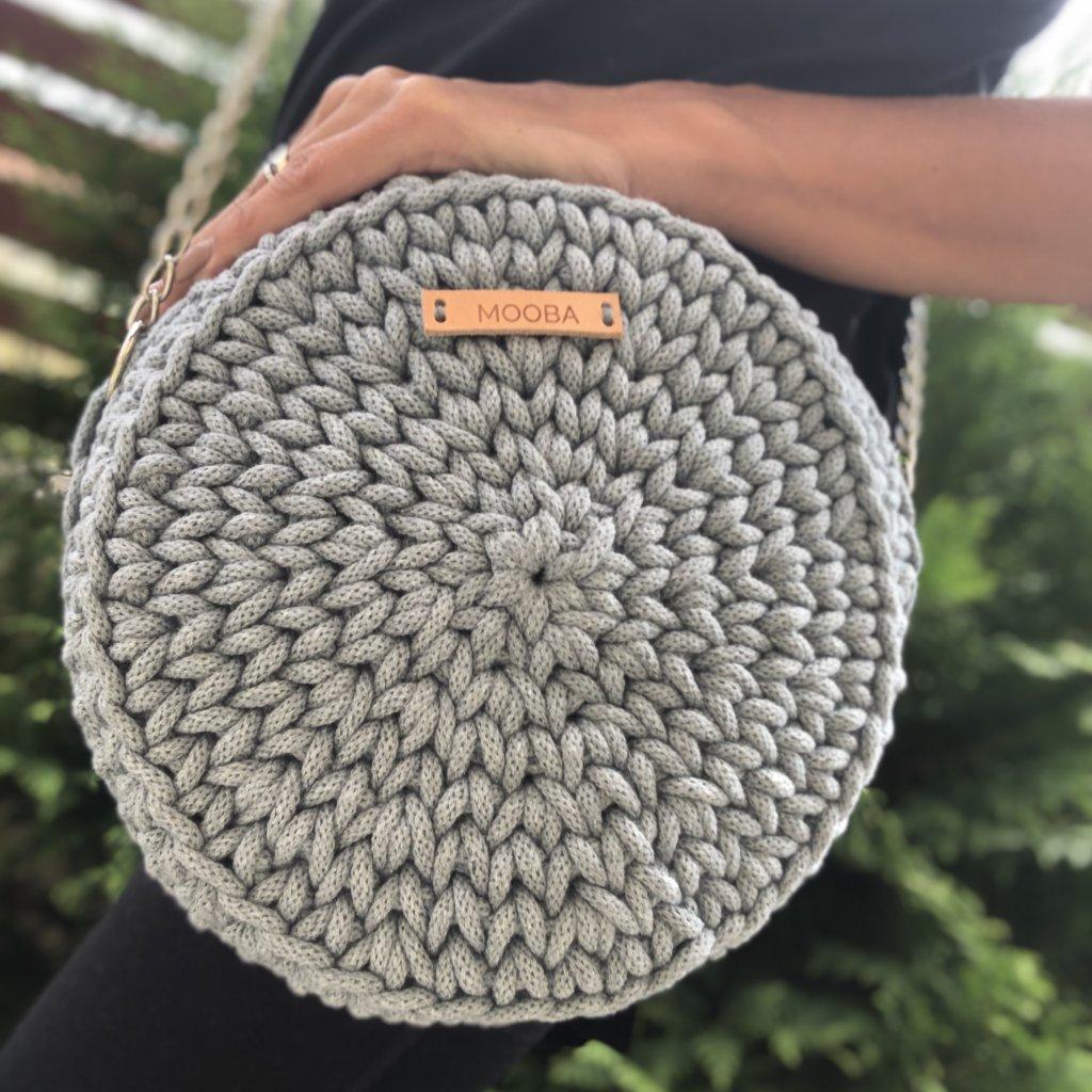 Háčkované kabelka kulatá s lemem