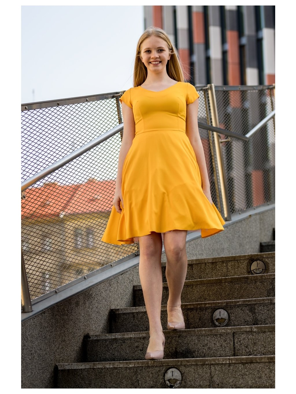 79e221048a51 Dámské šaty Mentos žluté - MOODA.cz