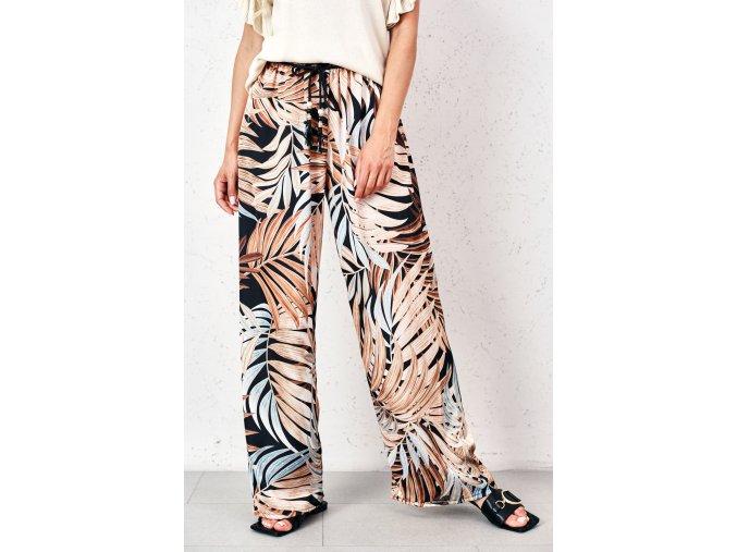 spodnie o luznym kroju w tropikalne wzory (1)