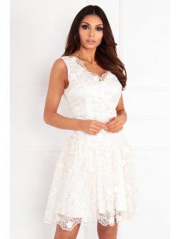 rosa ekri rozkloszowana sukienka z kwiatami 3d