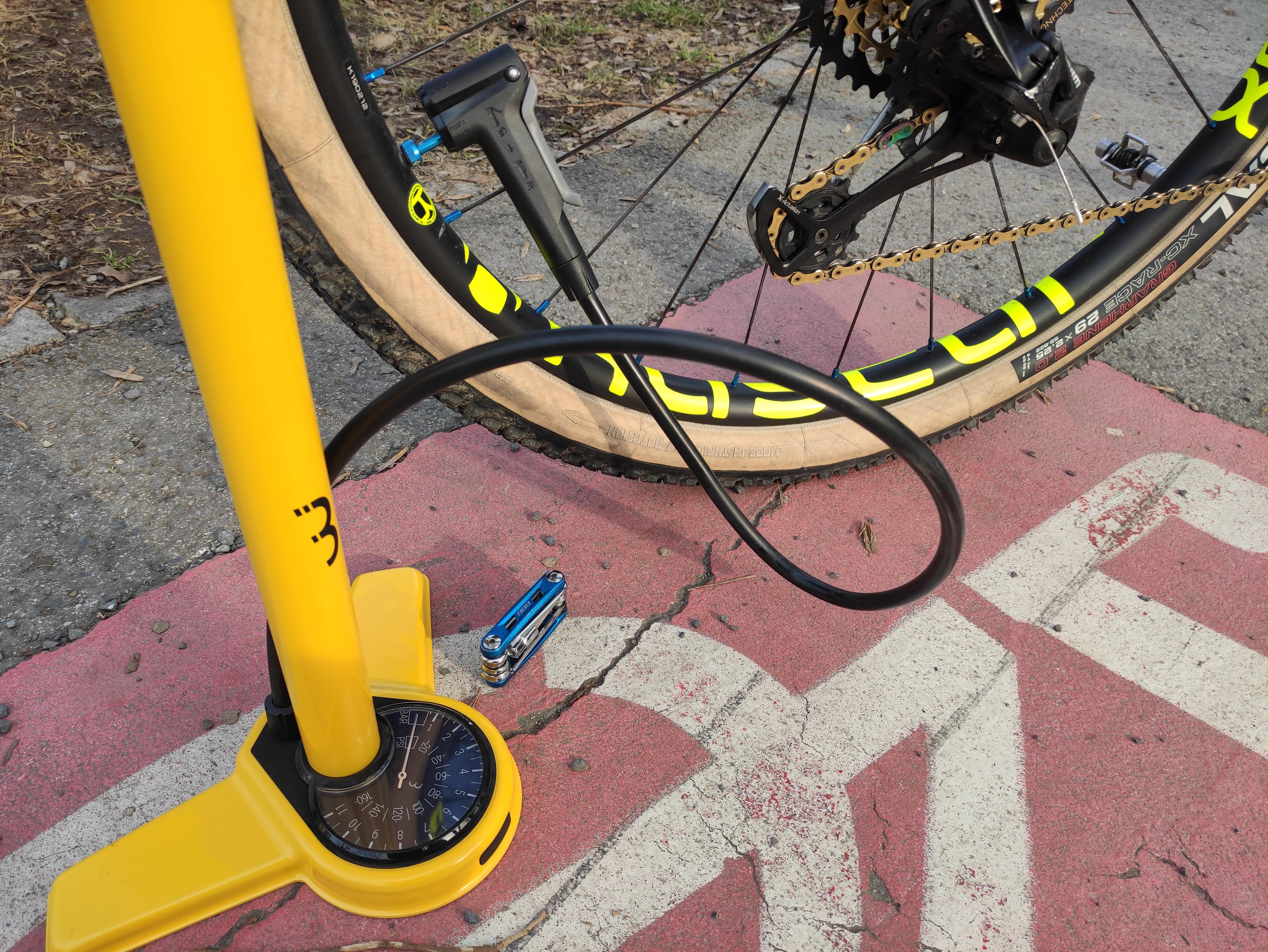 Jak vybrat pumpičku na kolo