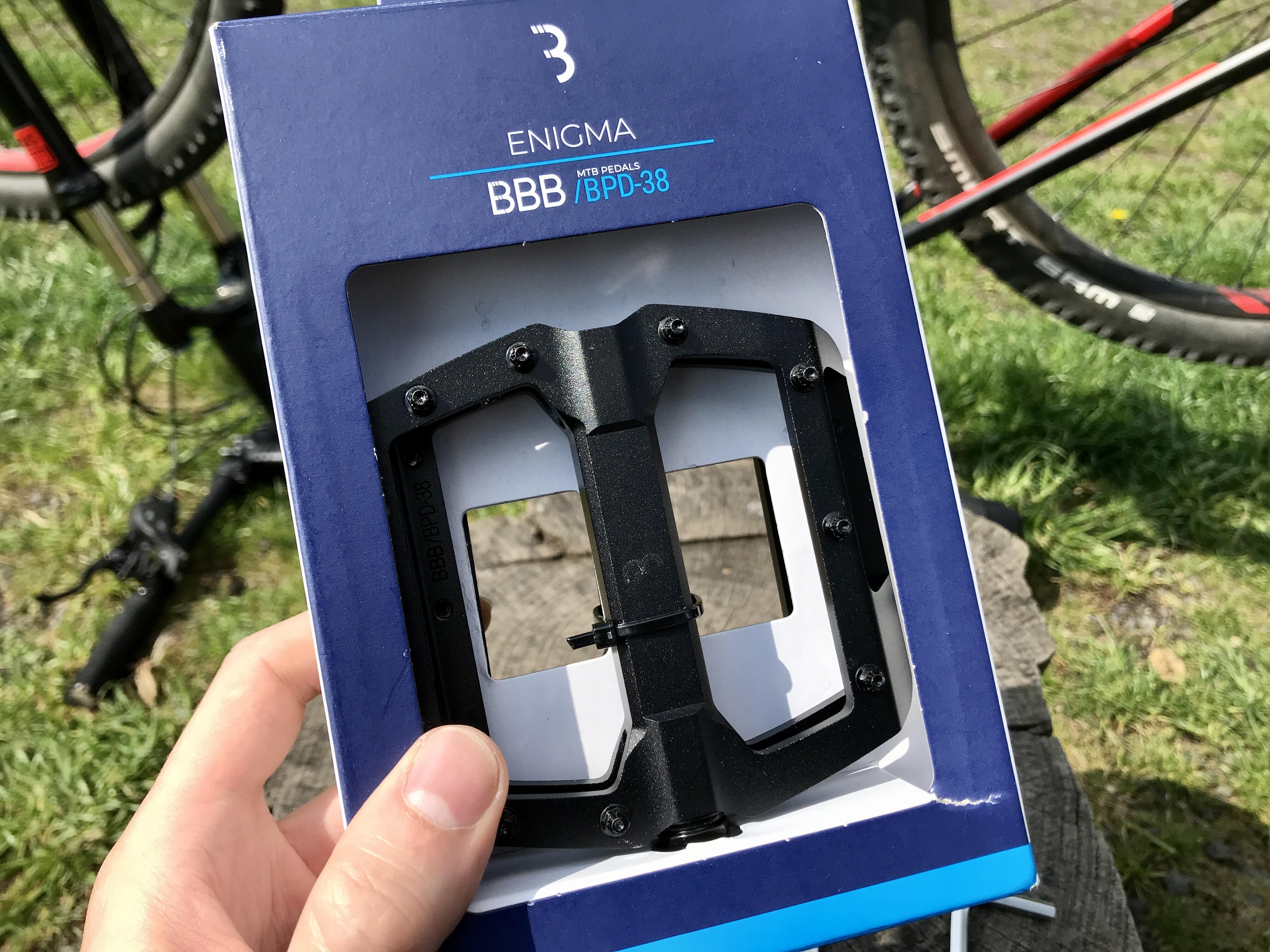 RECENZE: Nové platformy BBB Enigma? To nejlepší nejen na traily