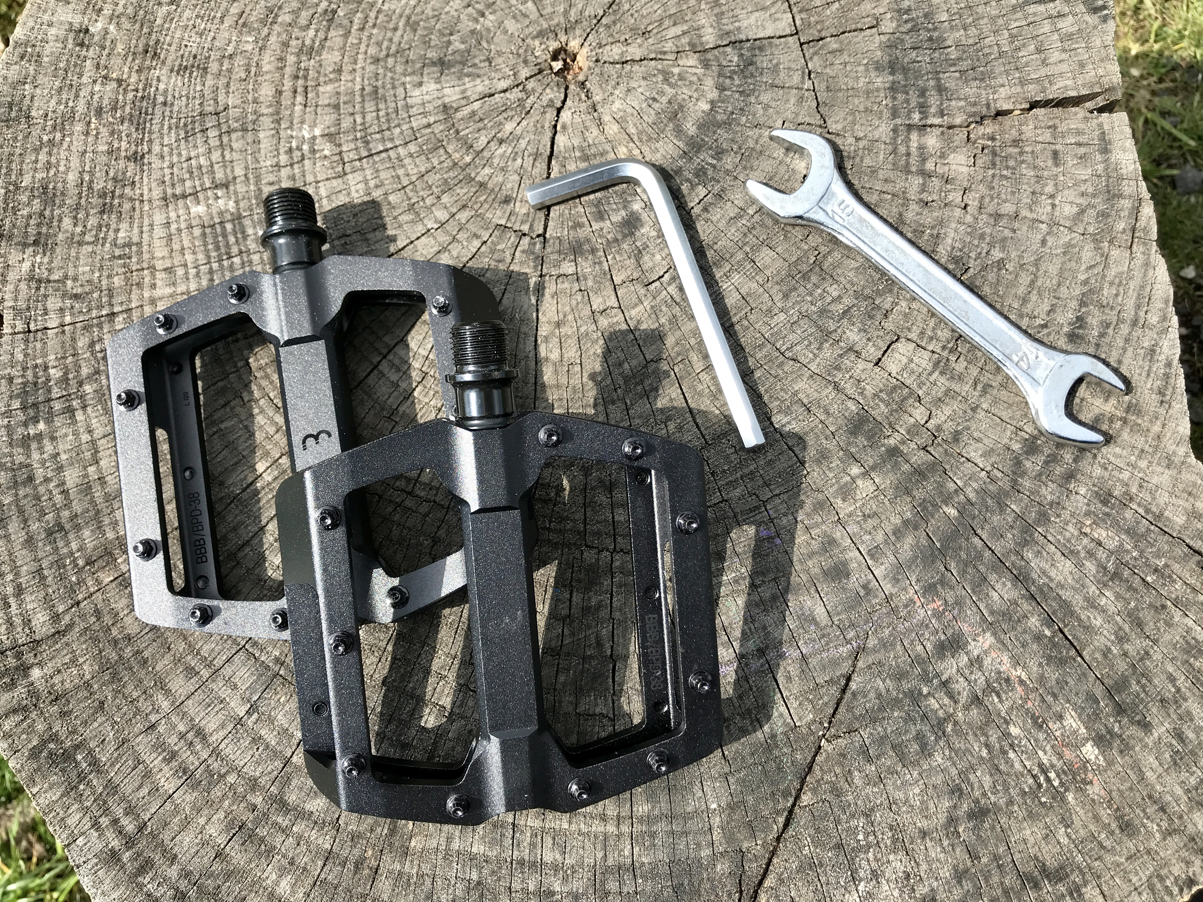 Jak vyměnit pedály na kolo