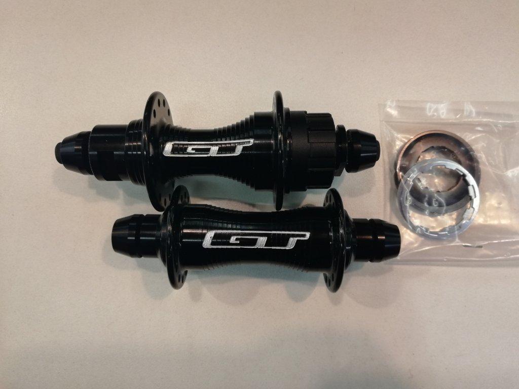 Náboje GT BMX kazetové 28děr P+Z (více barev)