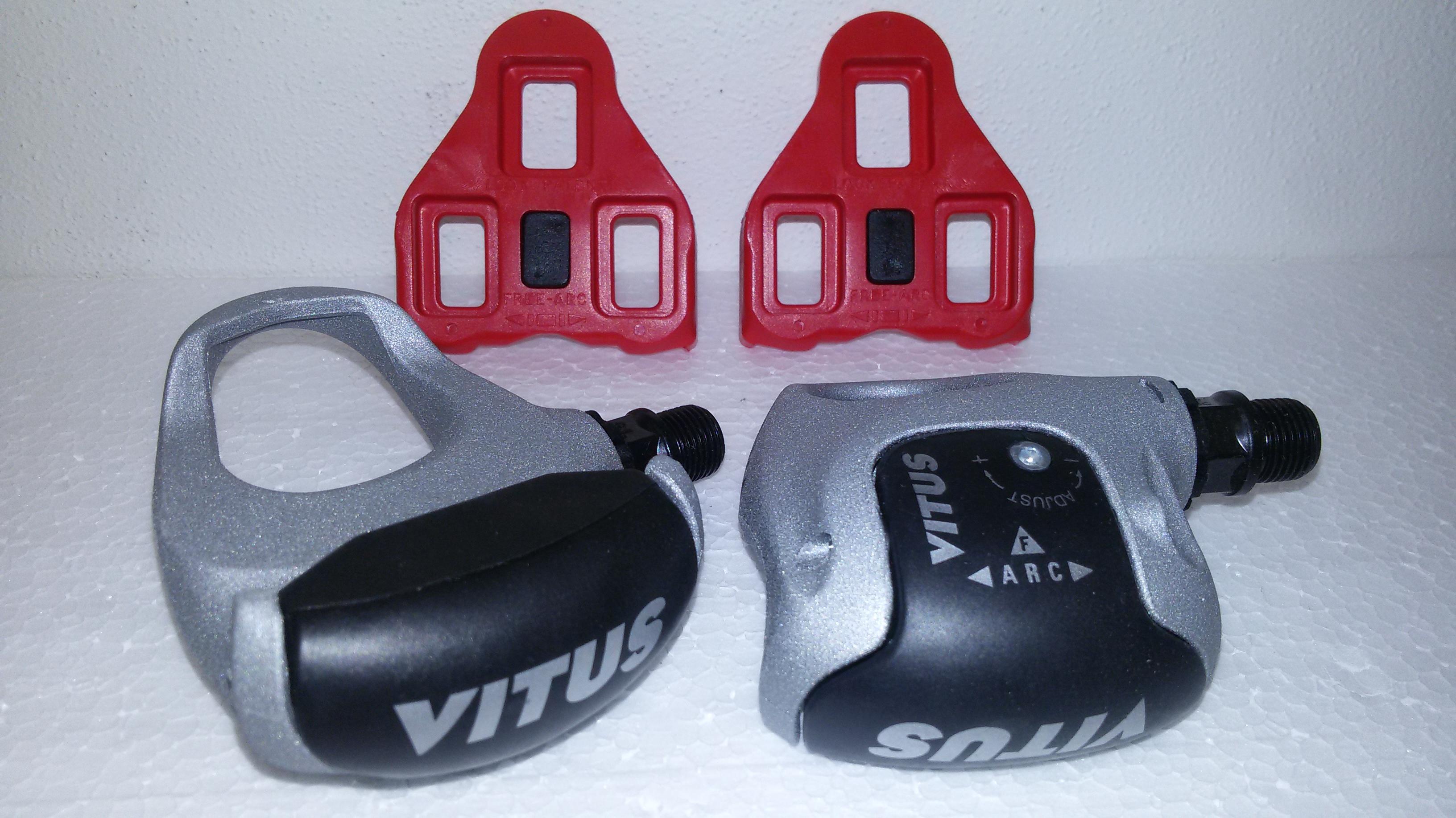 Silniční pedály Vitus + kufry LOOK